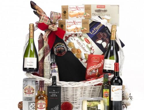 Las cenas de empresa y las cestas de Navidad, cómo deben de tributar y qué se puede deducir
